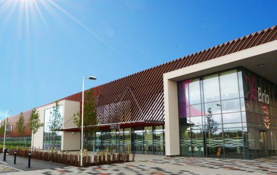 Medera Timber Solar Shading Leisure Centre